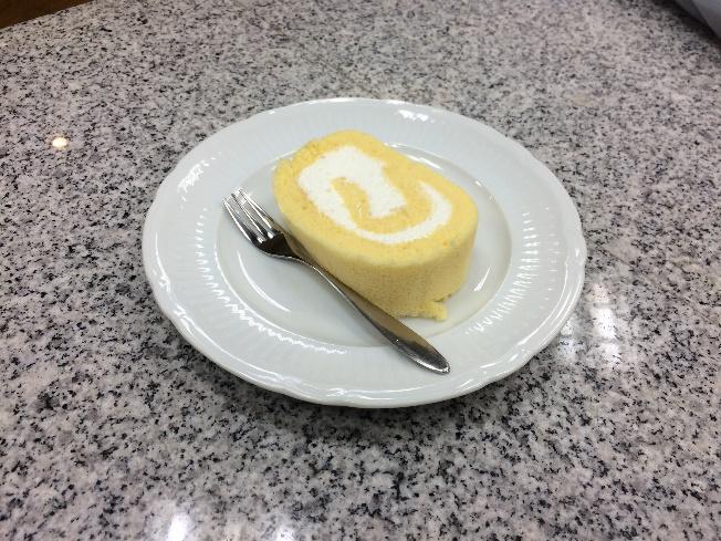 習志野市谷津のケーキ屋さん「ヨコヤマ」の谷津ロール